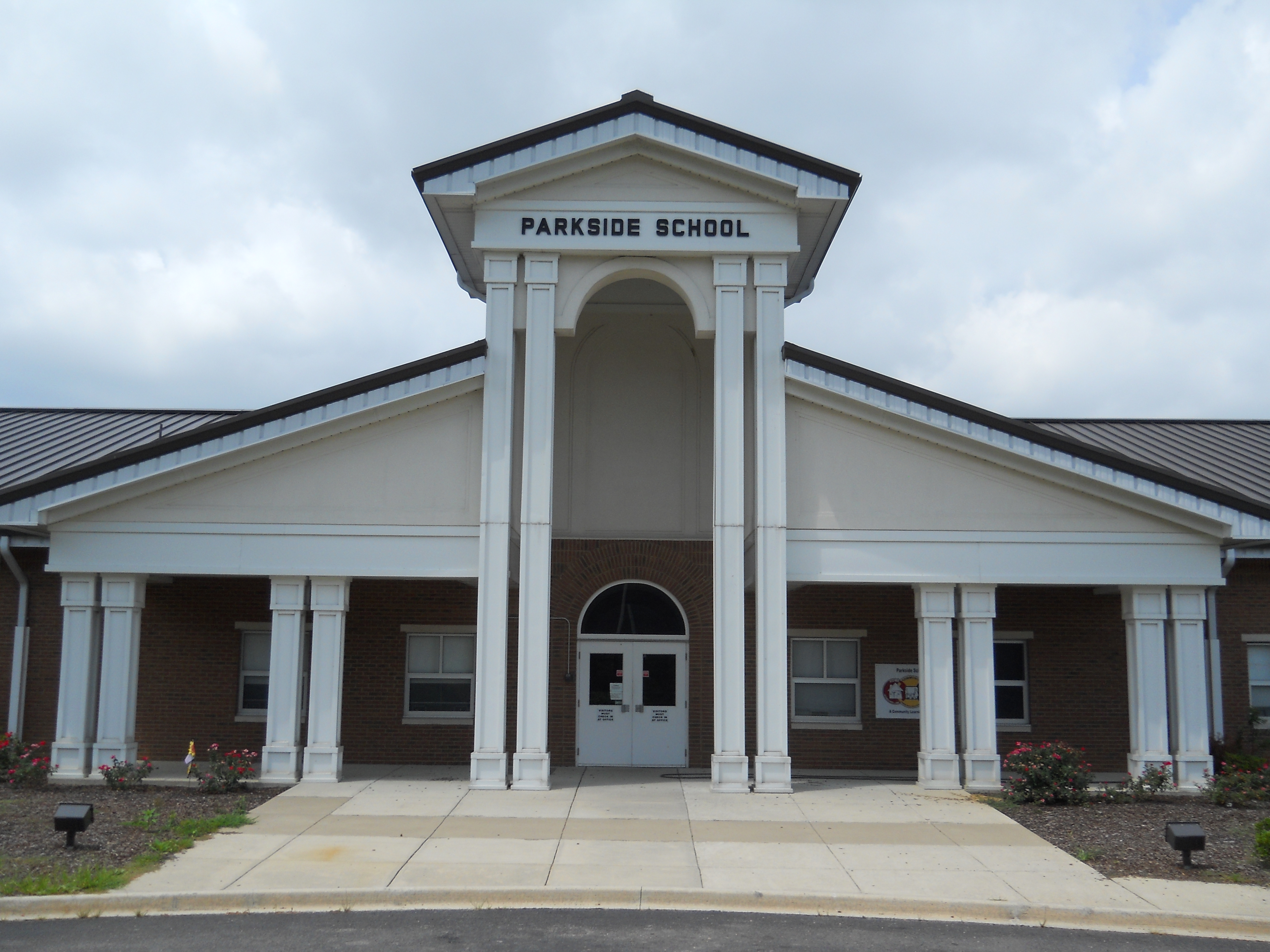 Parkside School locked down this morning after threatening phone