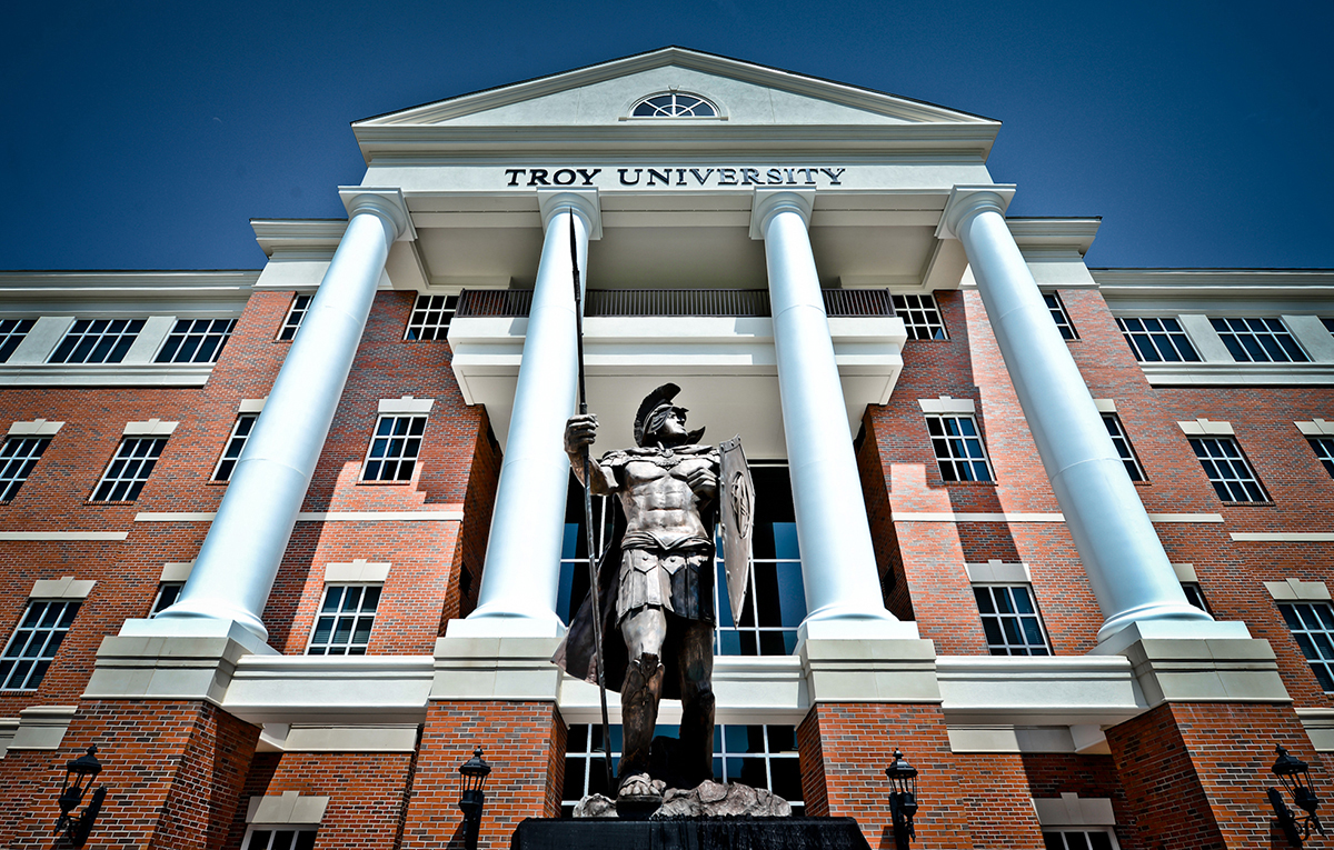 Troy University Online >> 4 From Cullman Area Named To Troy University Chancellor S