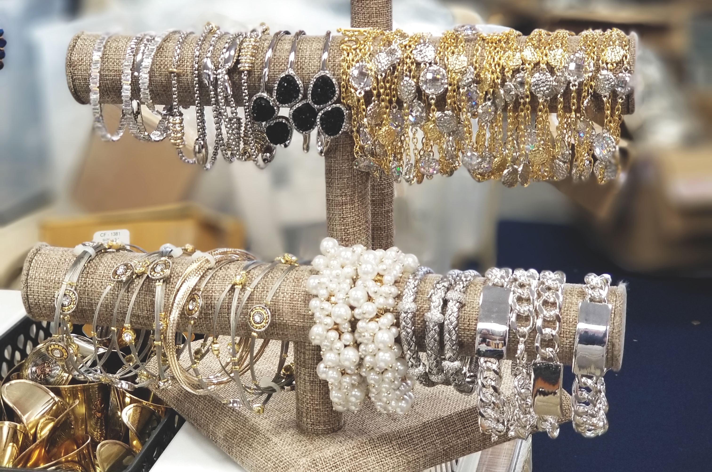 jewelry_sale.jpg